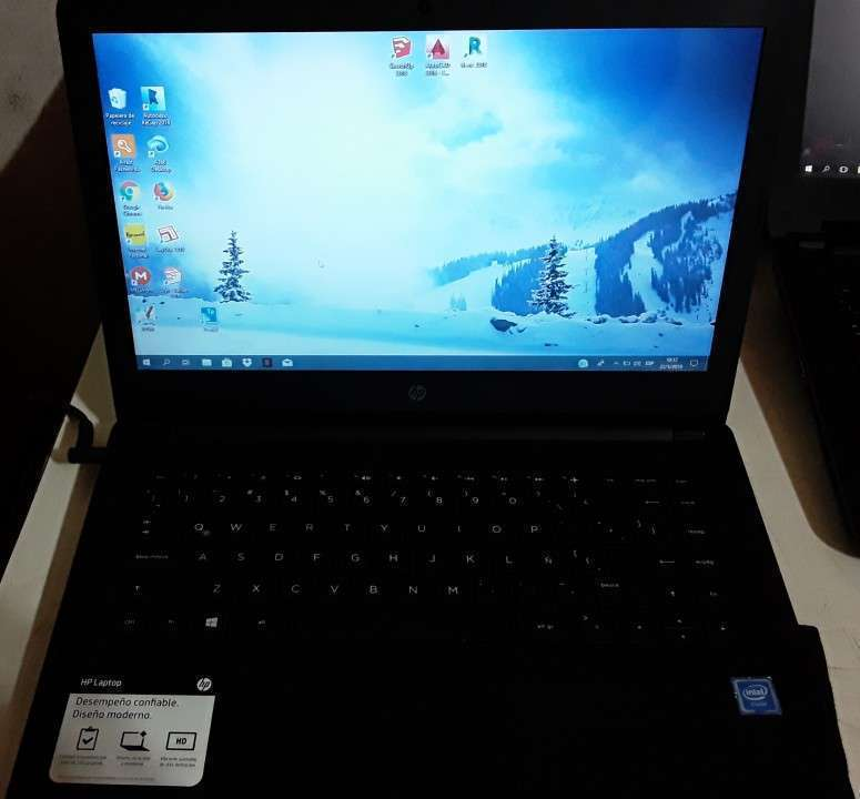 HP Laptop 14-bs0xx - 1